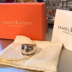 James Avery Retired Dome Ring (Size 7)